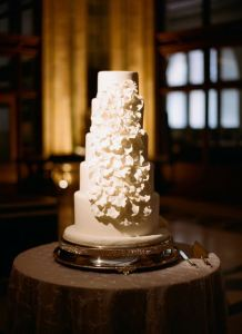 Bella Christiez, Pittsburgh Bakery, Winter Wedding